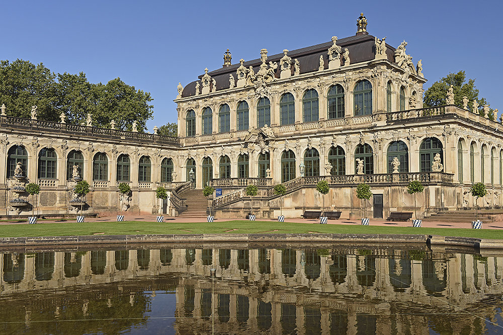 Dresden-Zwinger.jpg