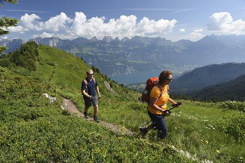 Wandern und Wellness im Heidiland