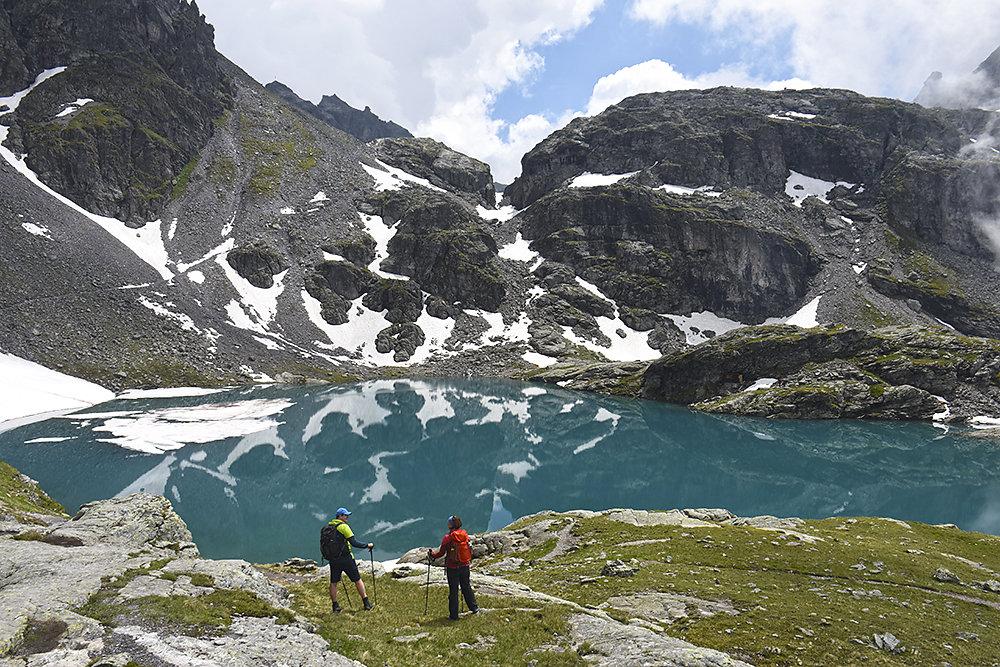 5-Seen-Wanderung-Schweiz.jpg